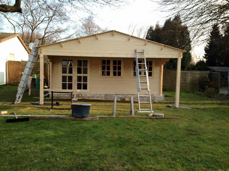 gartenhaus abbauen und versetzen ein neuer platz f r das gartenhaus. Black Bedroom Furniture Sets. Home Design Ideas