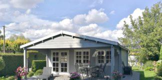 gartenhaus als ferienhaus in grau gestrichen