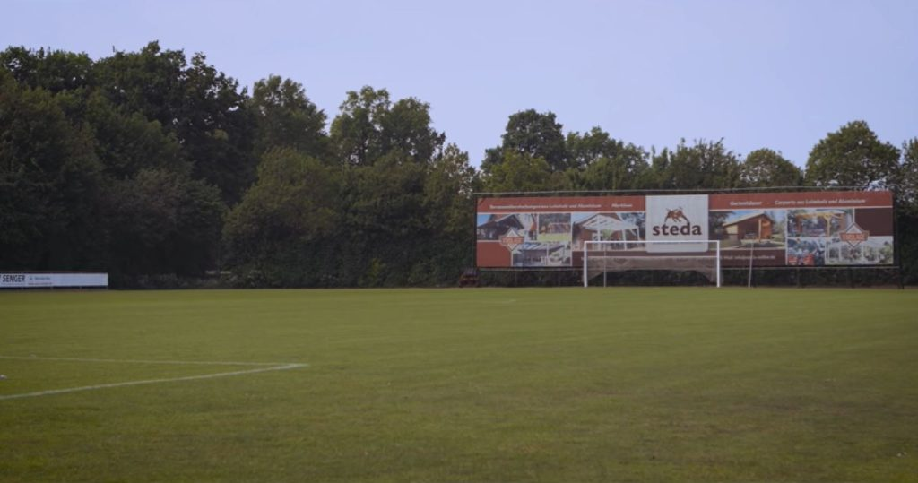 Fußballplatz steda