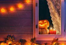 Halloween Kürbis im Gartenhaus