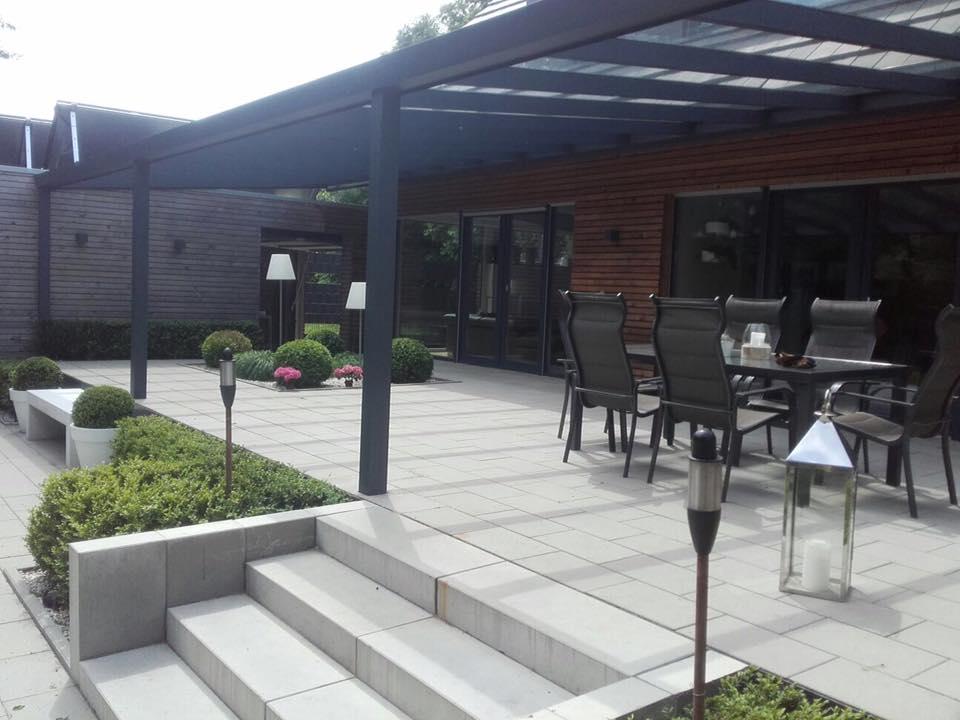 Terrassenplatten Versiegeln Ist Das Notwendig So Muss Das - Terrassenplatten beton 50x50 rot