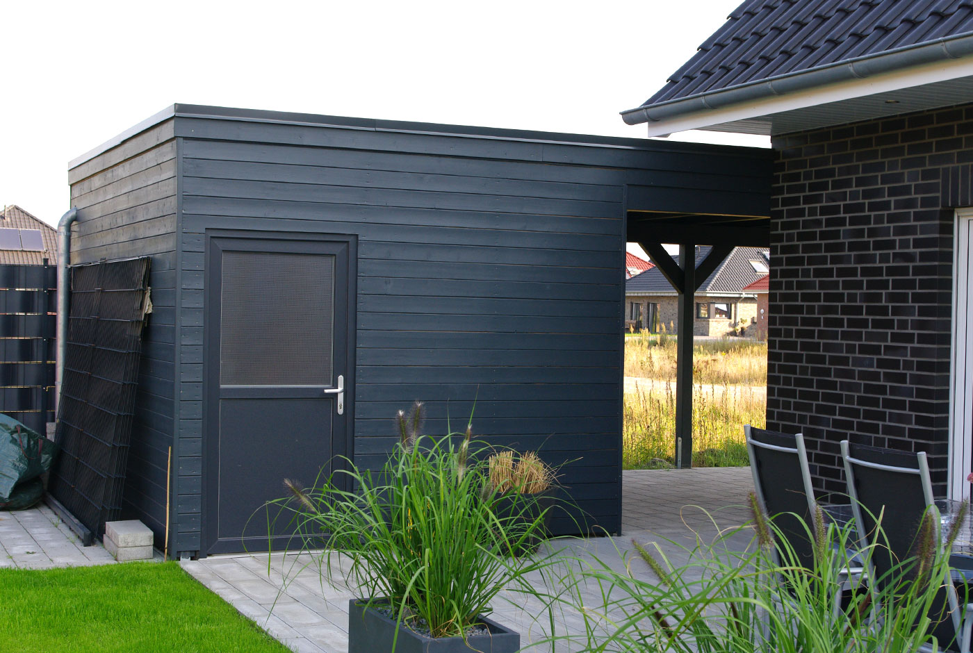 carport erweitern wenn der platz im carport zu eng wird. Black Bedroom Furniture Sets. Home Design Ideas
