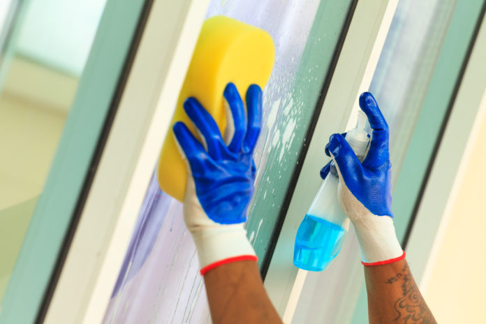 Pflege von (Sicherheits)glas