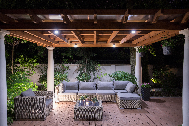 Loungemöbel Sofa und Tisch