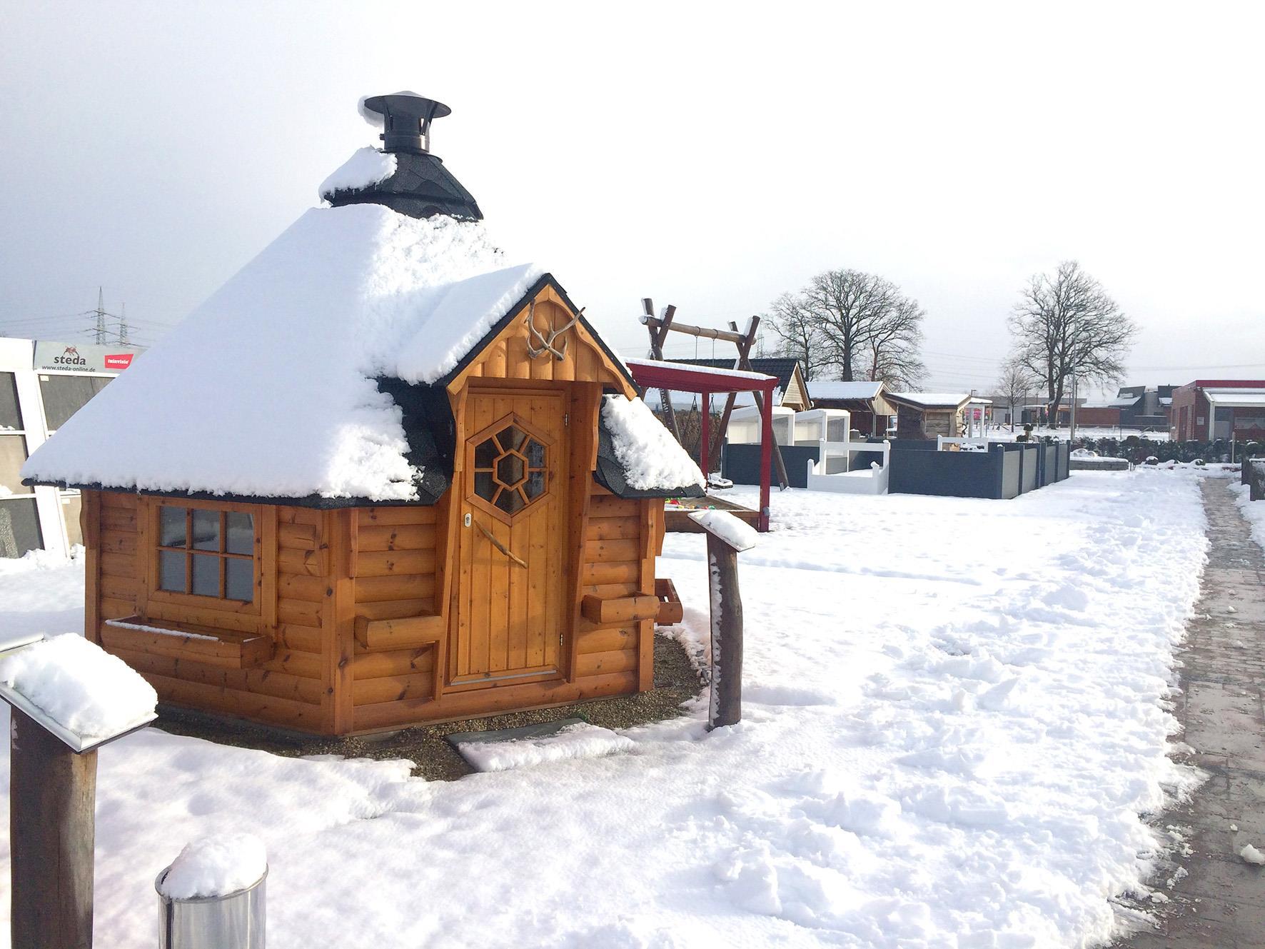 winterfestes-gartenhaus-eckiges-gartenhaus