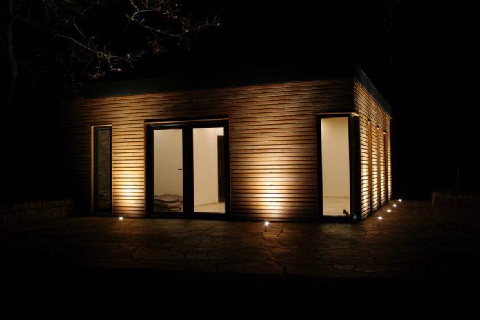 gartenhaus beleuchtung nachts