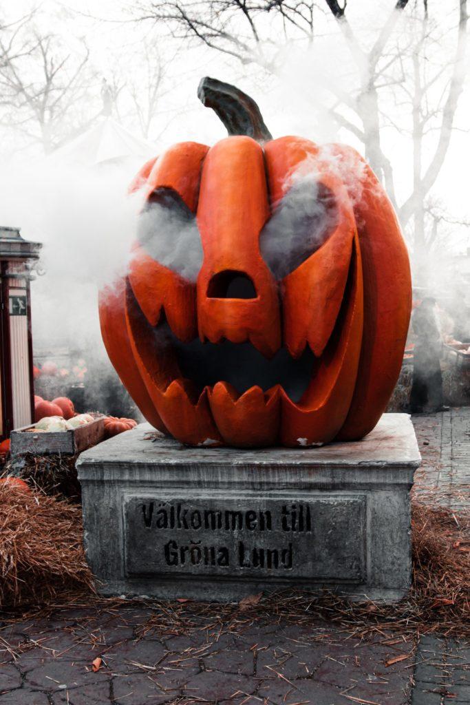 "Aus ""All Hallows' Eve"" wird Halloween"