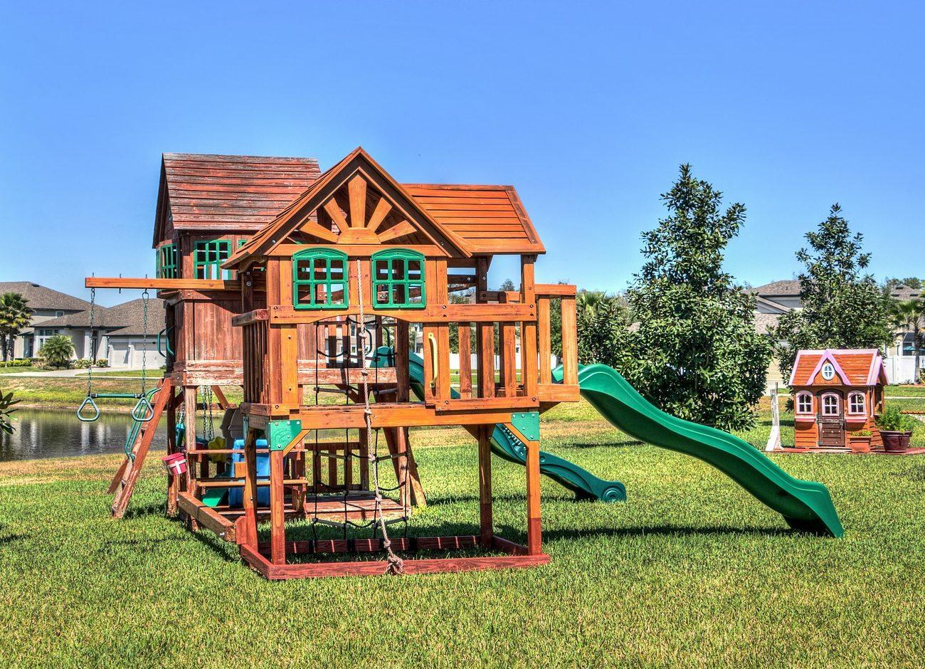 Gartenhaus-Spielplatz-Stelzen
