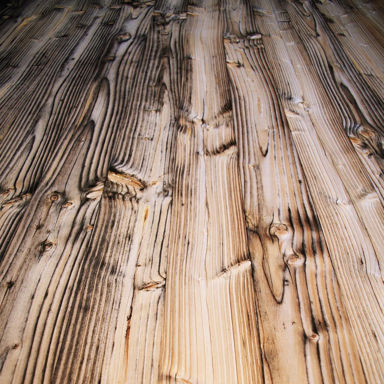 Holzboden-abgeflammt