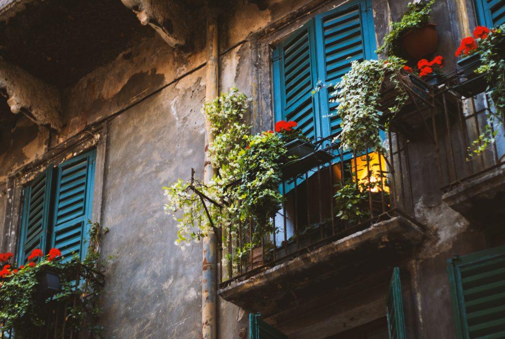 Balkonüberdachung - Die Terrassenüberdachung auf dem Balkon