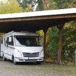 carport-flachdach-holz-freistehend-sonderzuschnitt-wohnwagen