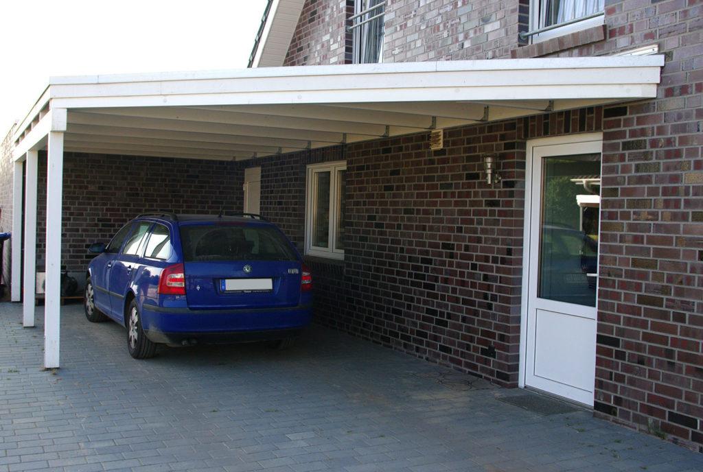 carport-flachdach-holz-wandanbau-schraegschnitt