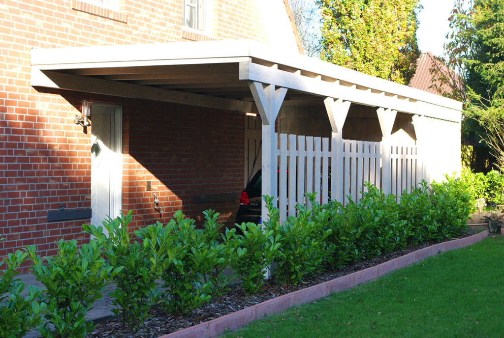 carport aus l rche was ein carport aus l rche so hermacht. Black Bedroom Furniture Sets. Home Design Ideas