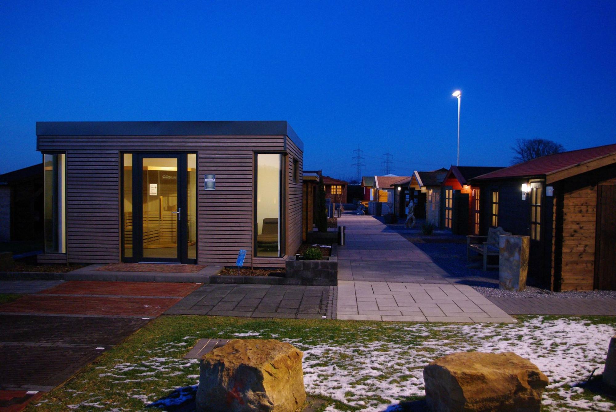 gartenhaus mit einer einzelt r so muss das magazin by steda. Black Bedroom Furniture Sets. Home Design Ideas