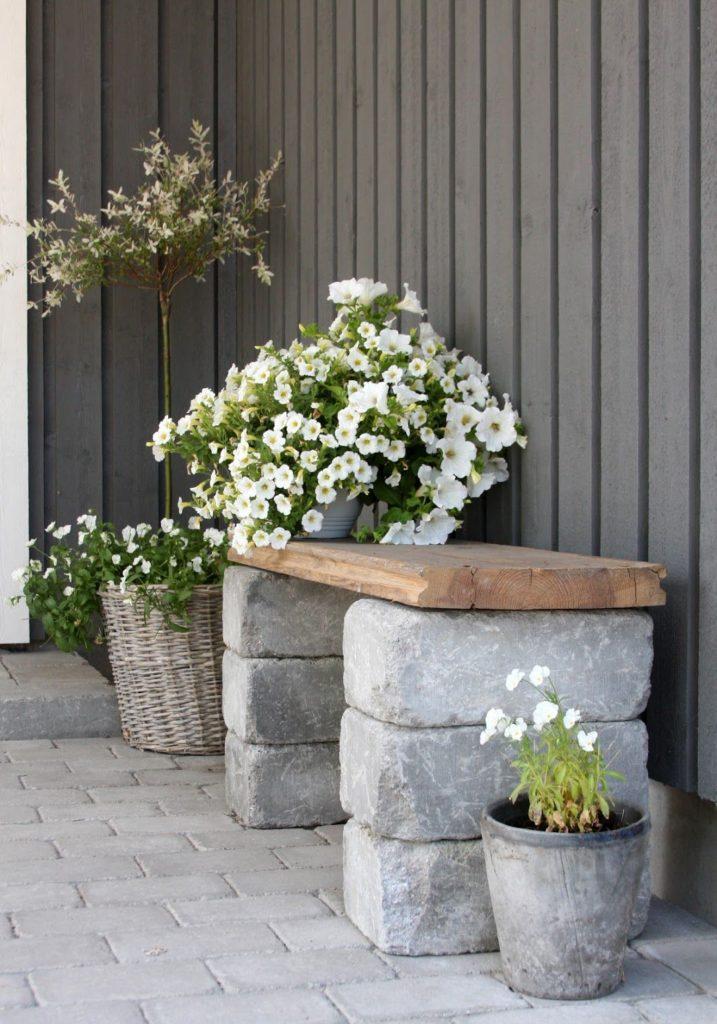 Gartenbank, Stein und Holz