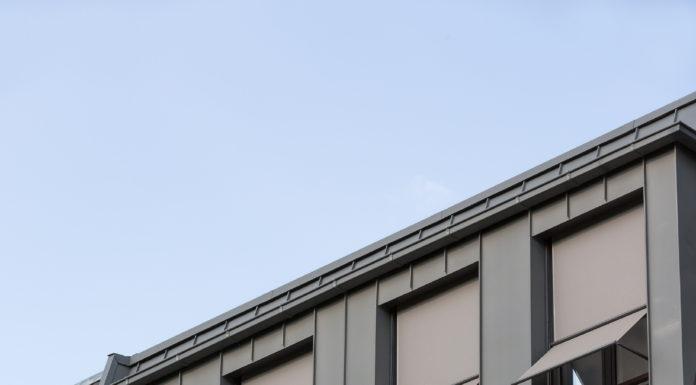 markise-an-balkon