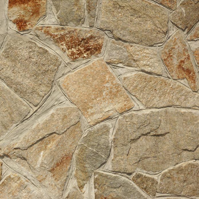 Naturstein in verschiedenen Formen und Farben
