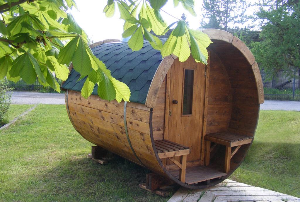 runde-Sauna-im-Garten
