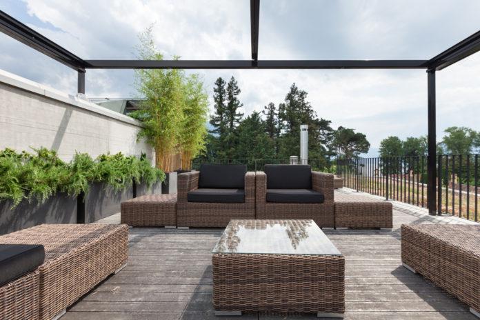 terrassenueberdachung-aus-glas